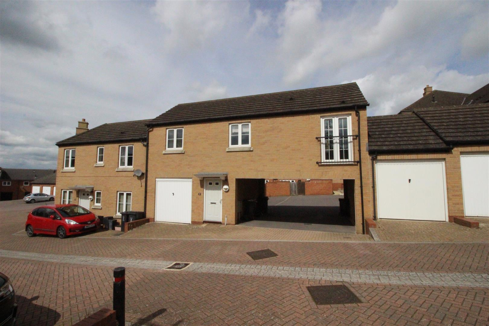 2 Bedrooms Terraced House for sale in Alwyn Court, Redhouse, Swindon